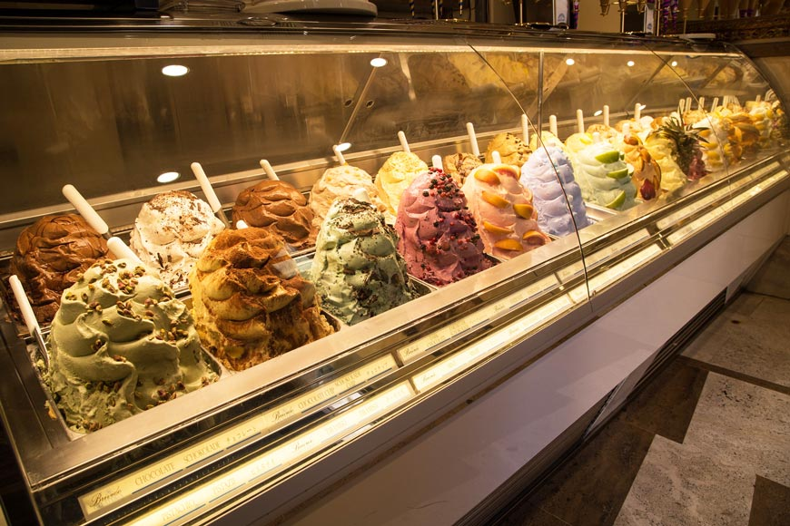 Cool down this summer with an Italian ice cream!