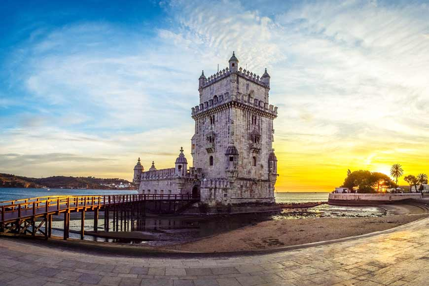 "PORTUGAL: THE SMALL COUNTRY OF ""GREAT DISCOVERIES"