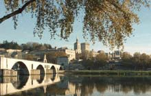 walking and cycling holiday in france in Avigon pope s palace