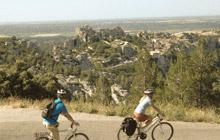 cycling van gogh les baux de provence saint remy fontvieille estoublon
